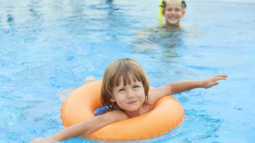 Kids pool, ZeusDione, Lagolio