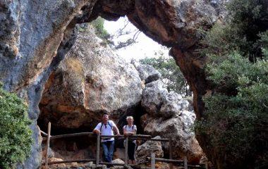 Platania, hiking South Crete